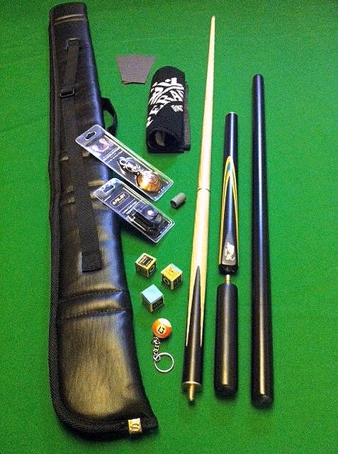 SP51 Black Panther Snooker Cue and Case Bundle