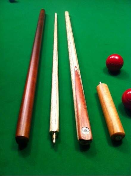 Classic Two Piece Snooker Cue (SS-0010)